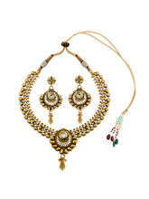 Simaya brings Traditional Style Necklace Set (TN 0048)